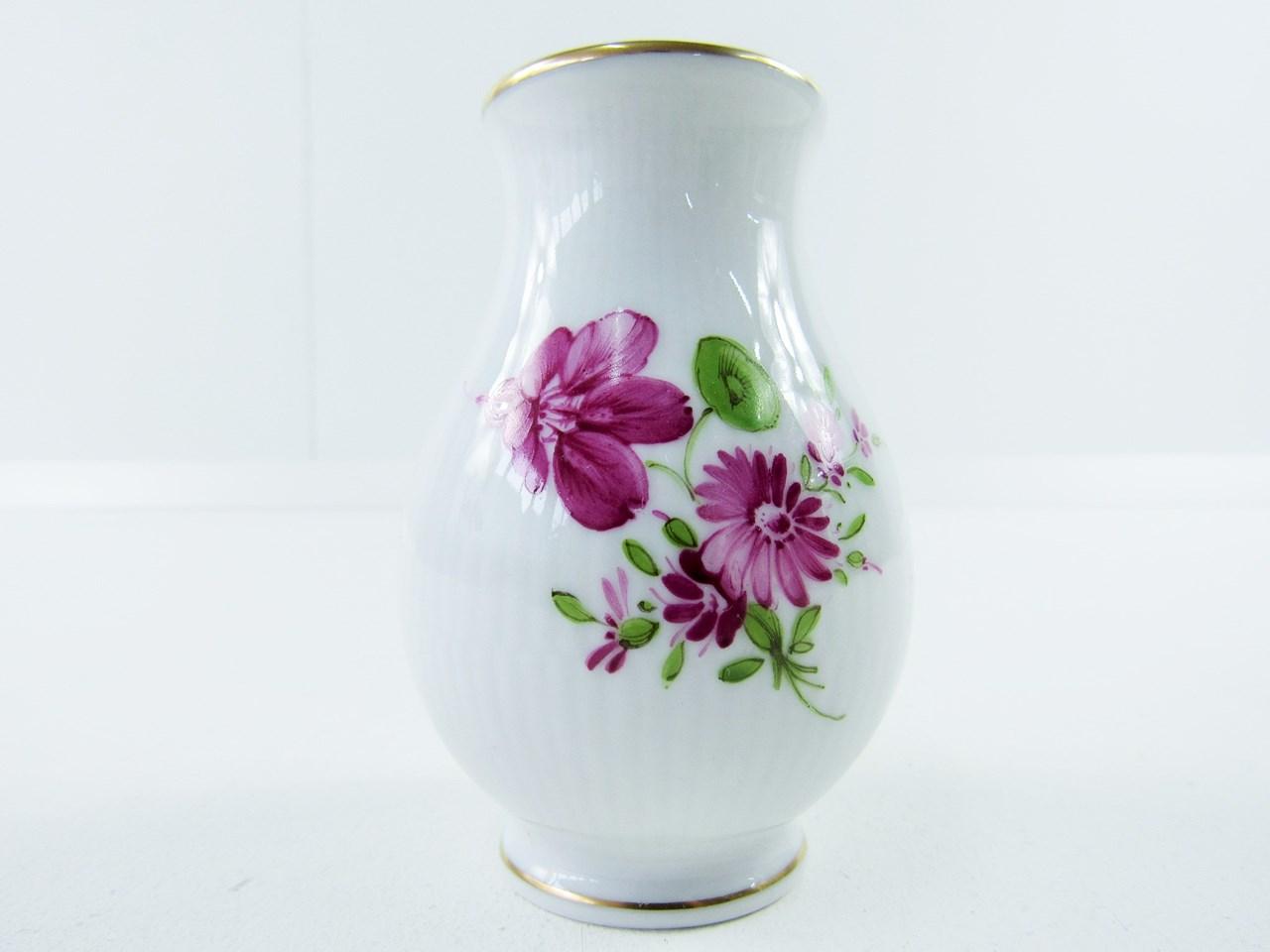 Vase Mit Blumen porzellan deckelvase mit blumenmuster höchst stöbern und mehr