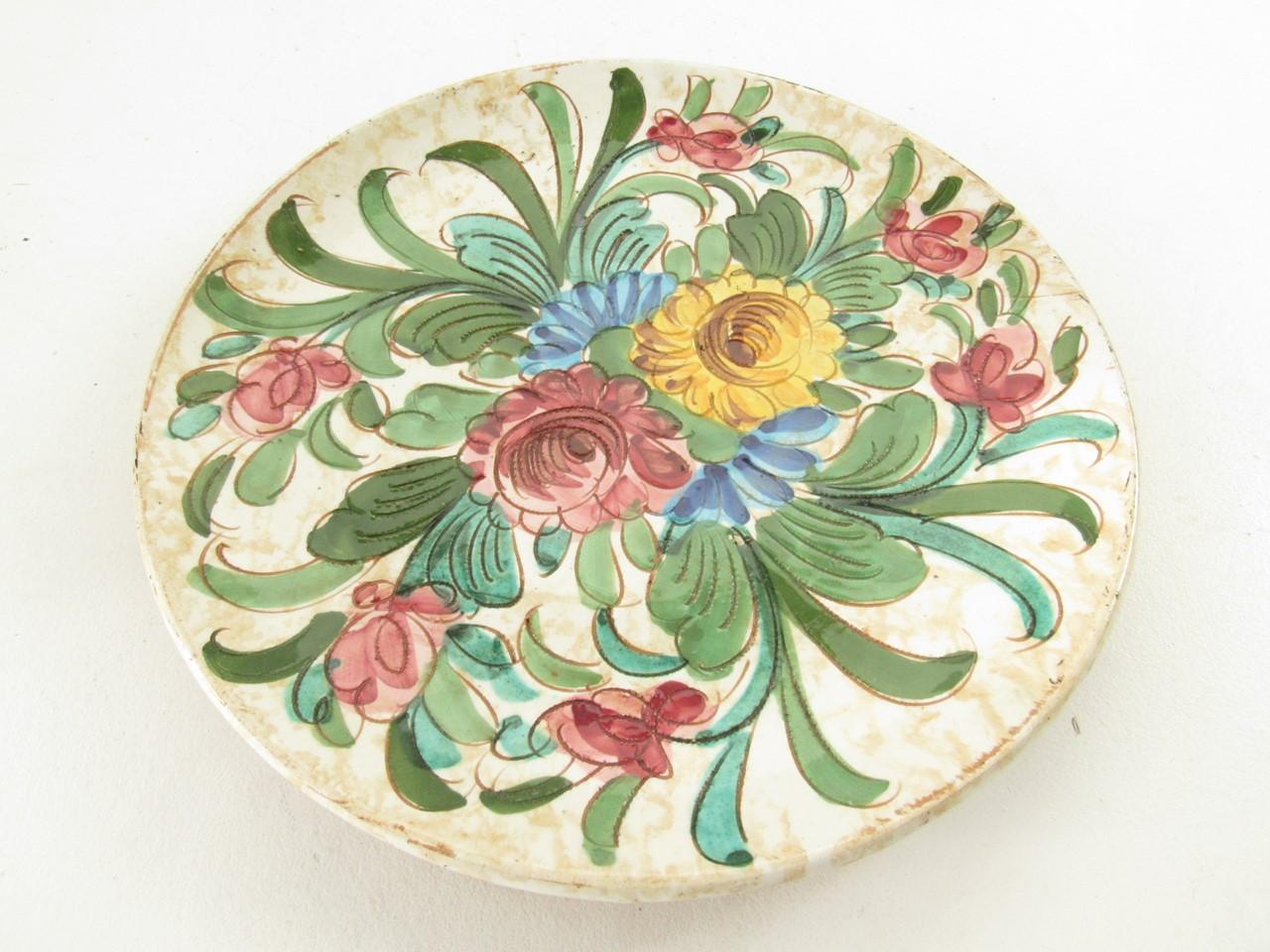 b uerliche keramik 11 st ck dekorative teller landhausstil sammlerparadies24. Black Bedroom Furniture Sets. Home Design Ideas